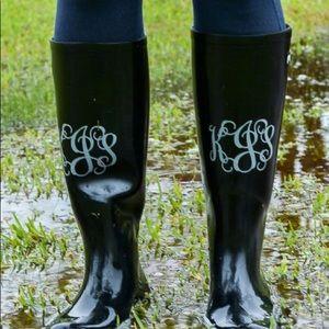 Shoes - 💙Monogramed Rain Boots